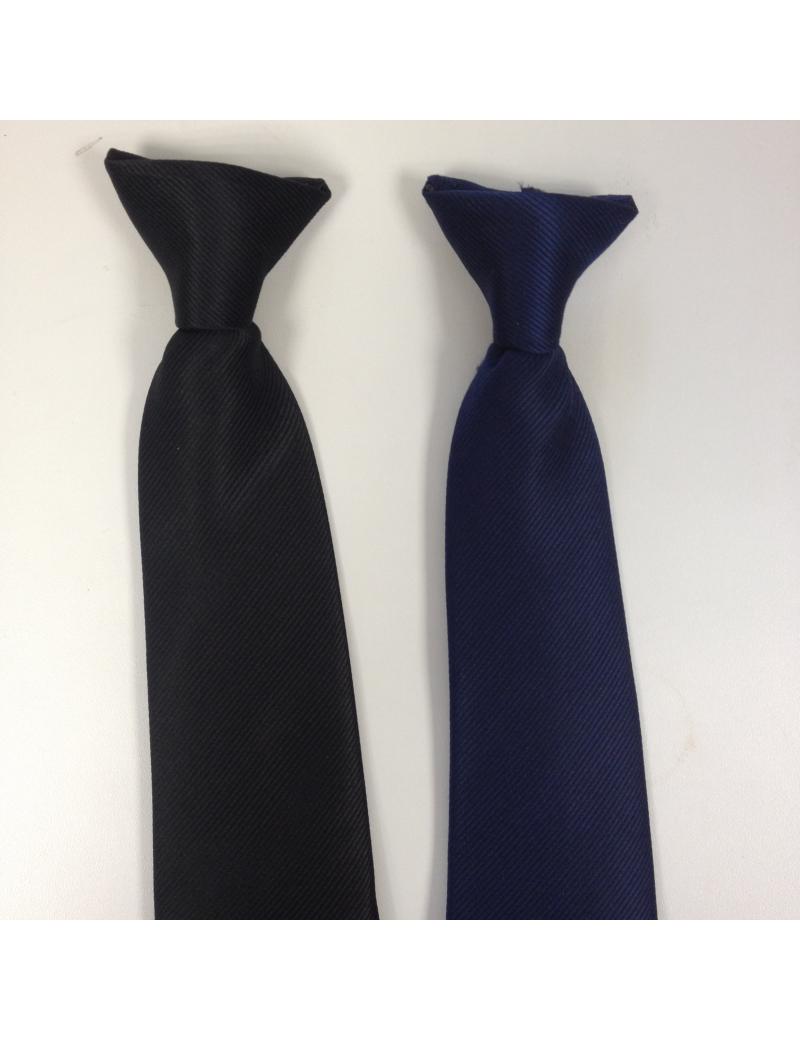 """Cravates noires """"crochet"""""""
